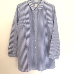 Chicos button down striped blue top size 4